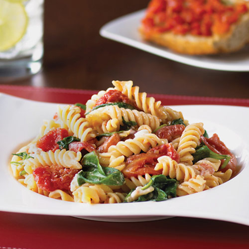 Fusilli with Spinach, Tomato & Goat Cheese